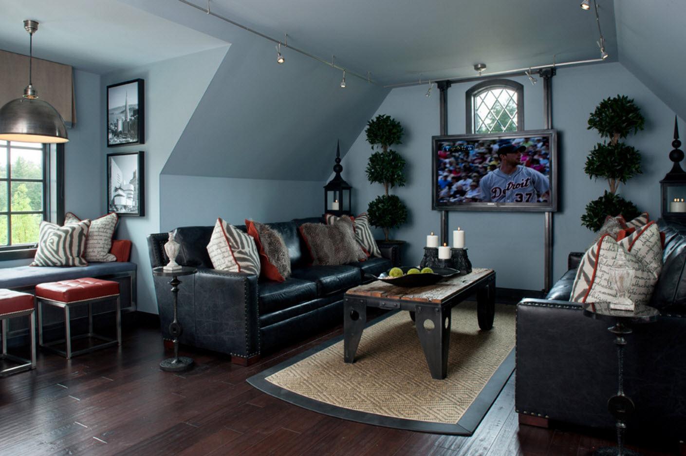 Bonus Room Decorating