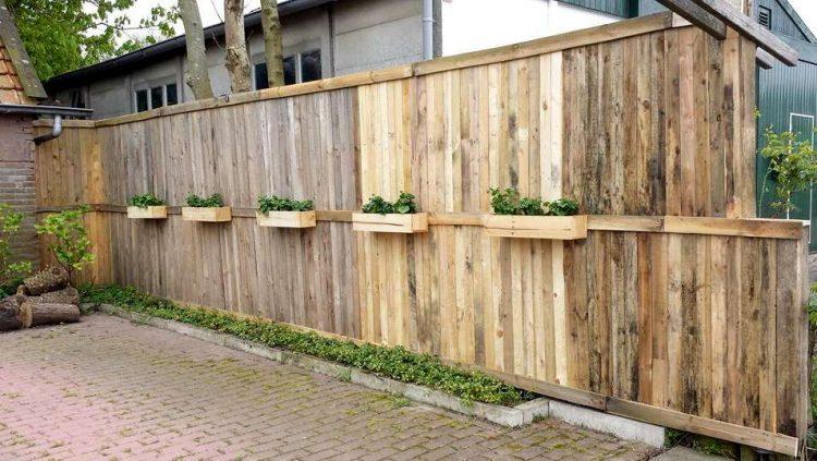 Pallet Fences