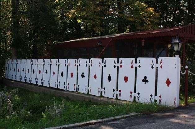 Unique DIY Fence