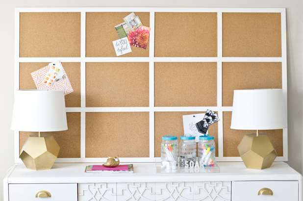 cork board background white