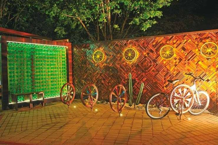 decorative bicycle Garden Fence Ideas
