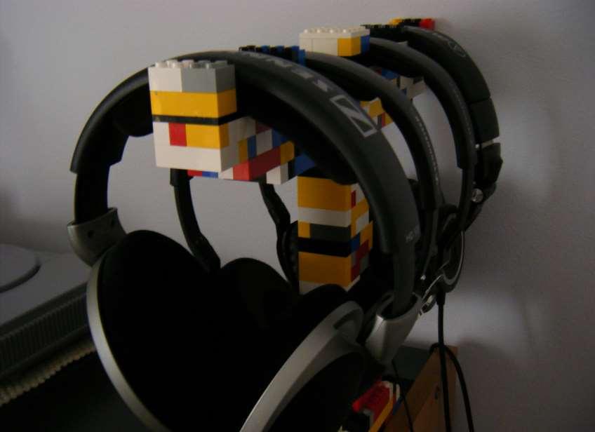 diy headphone hanger