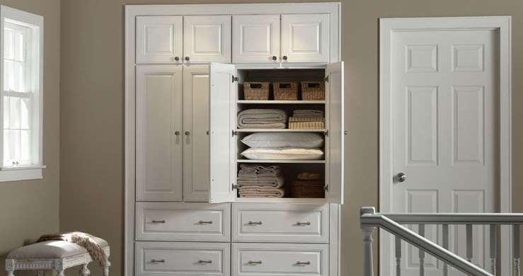 storage linen cabinet