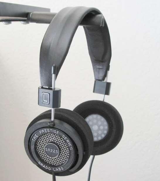multiple headphone stand