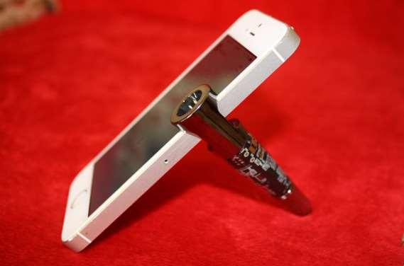 Diy Iphone Stands