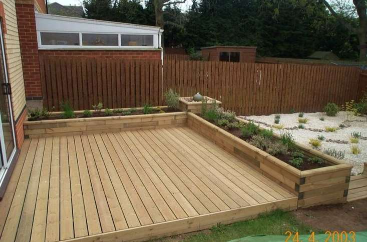 creative small deck ideas