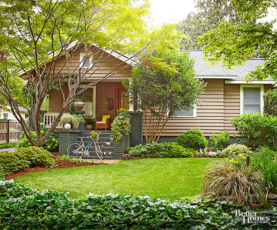 Cape Cod House Style green
