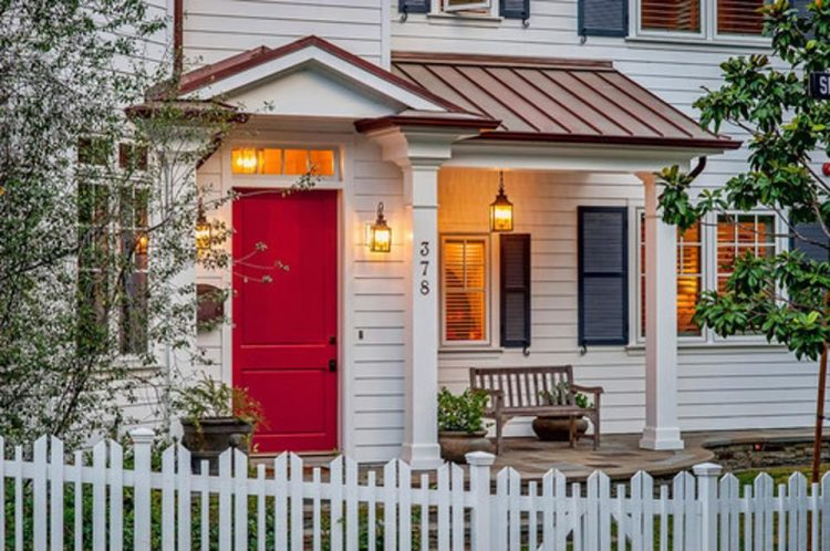 https://blogs-images.forbes.com/houzz/files/2014/10/traditional-entry1.jpg?width=960