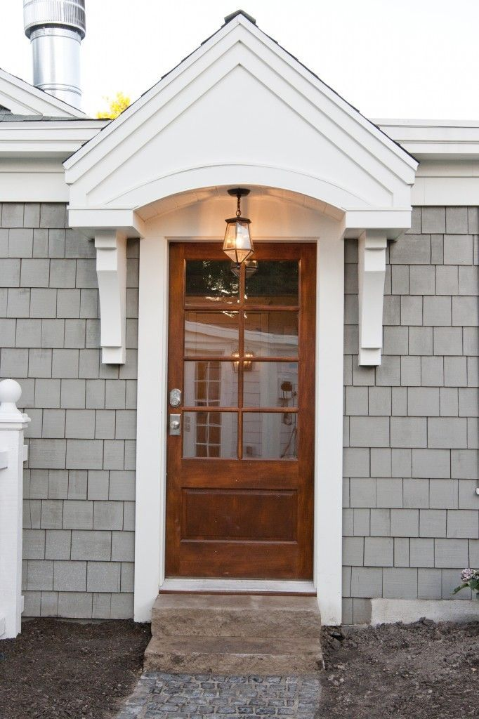 15 cape cod house style ideas and floor plans interior for Cape cod front door styles