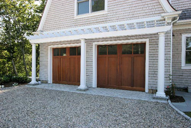 15 cape cod house style ideas and floor plans interior for Cape cod garage