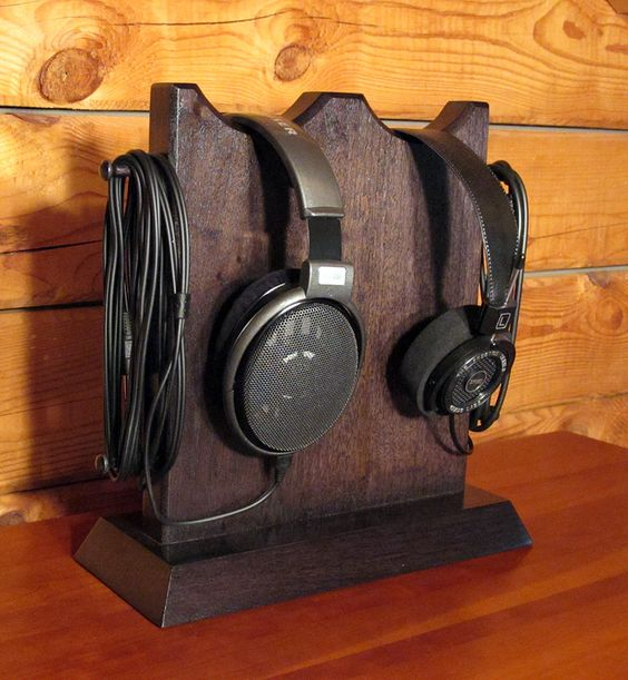 A Solid Wood Frame or Platform for Your DIY Headphone Stand
