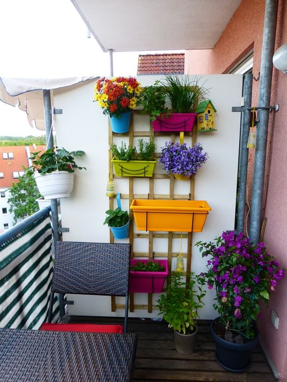 Color Plant Stand