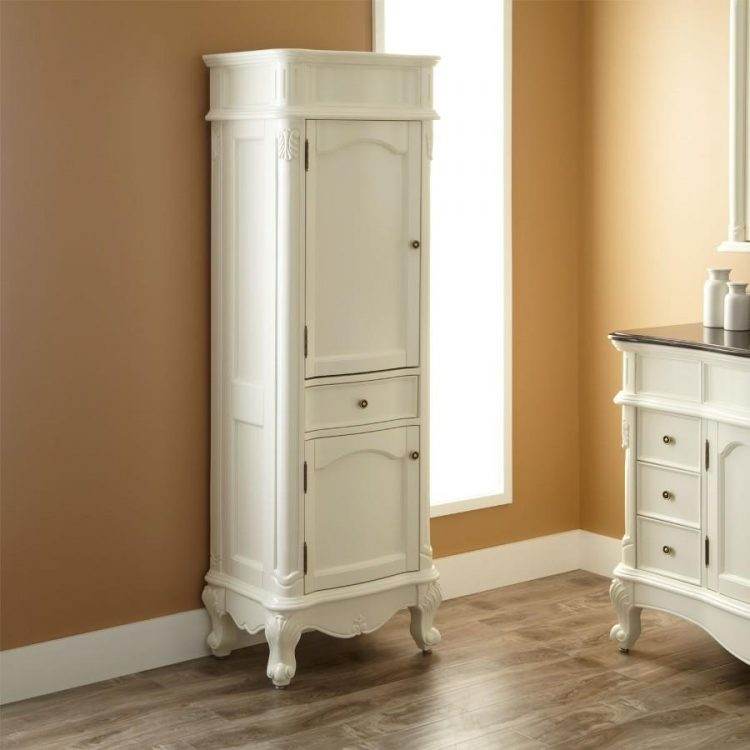 Classic look with vintage Linen Cabinet