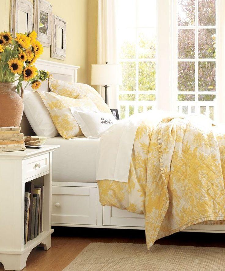 A Sunny Cheerful Mid-Century Bedroom Concept, For Extrovert People