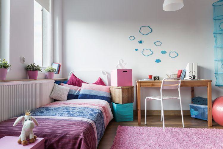 Pink Teen Bedroom Decorating