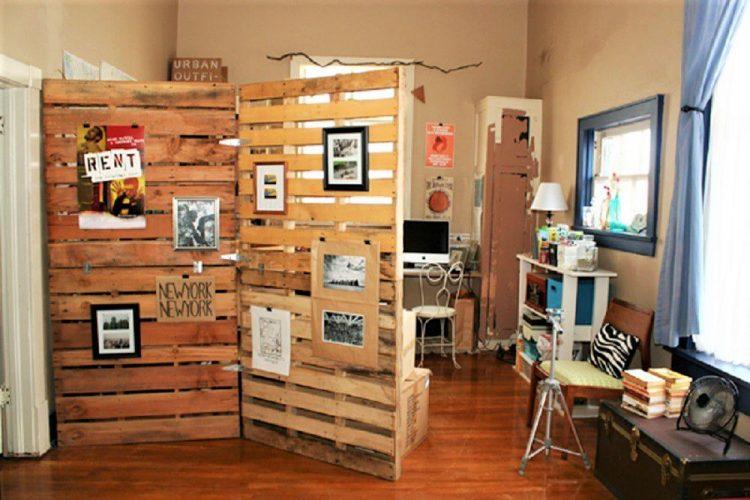 Wooden Pallet Divider