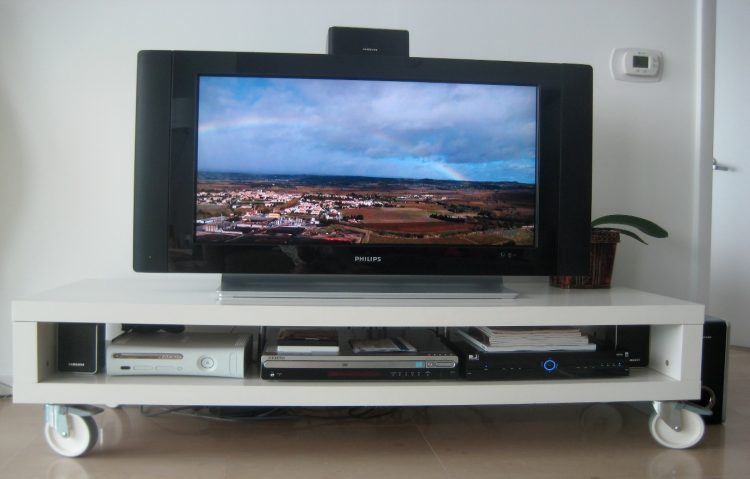 DIY TV Stand with Wheels