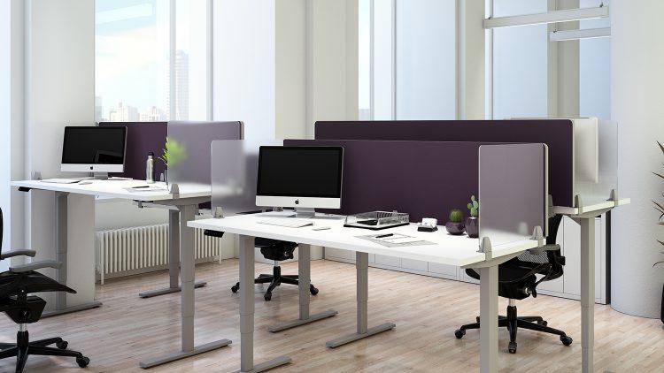 Table Office Decoration Ideas | mergeworks.com