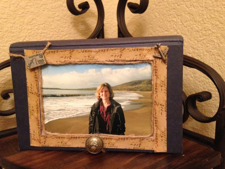 Book DIY Picture Frame