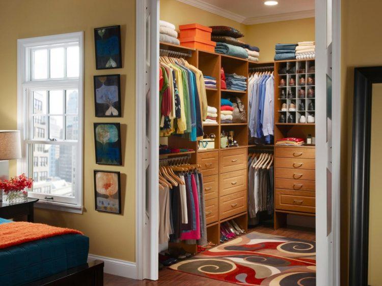 Walk-in-closet Door Style