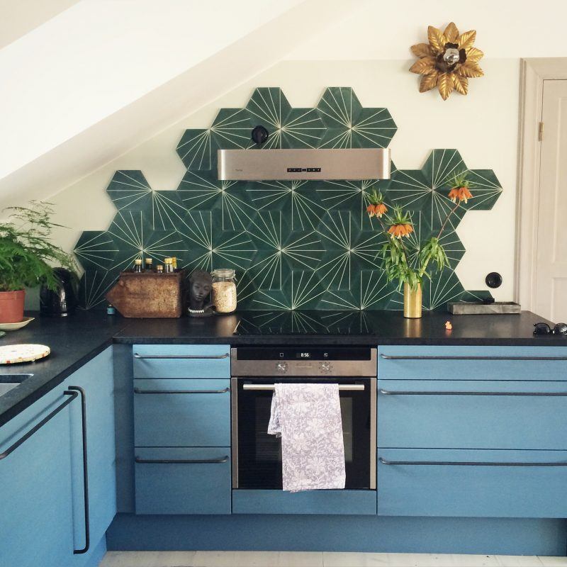 Amazing Hexagon Tile Backsplash