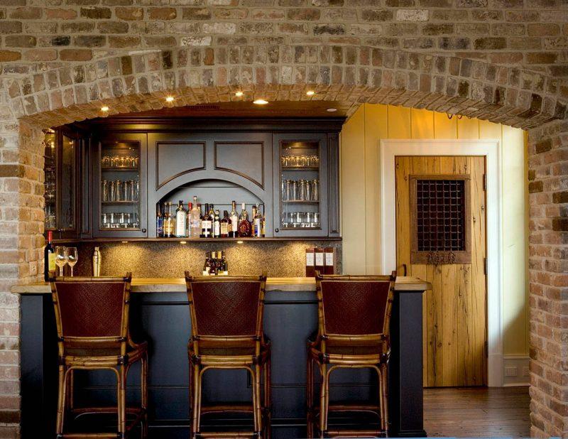 Rustic Home Bar Ideas
